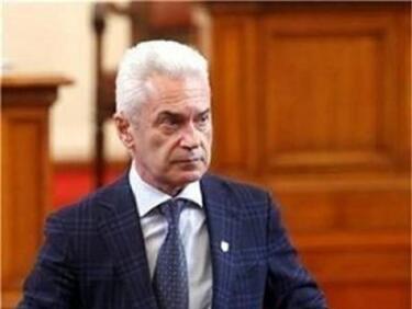Волен Сидеров: Александър Манолев не трябваше да оттегля кандидатурата си за транспортен министър