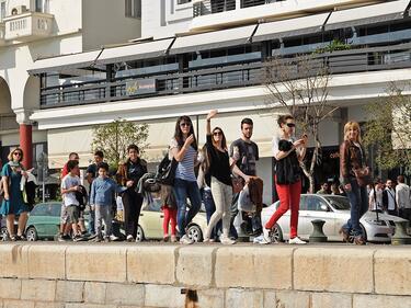 Екскурзоводи доброволци изкарват по 120 евро дневно