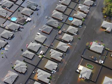 Италия се бори с последствията от наводненията