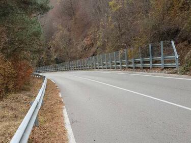 Пътят Елисейна-Своге-Нови Искър с нова маркировка до неделя