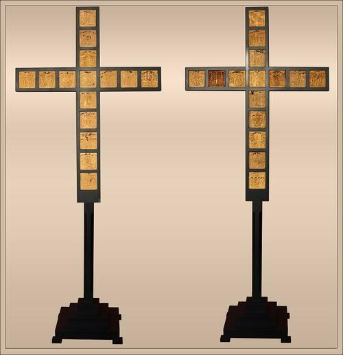 Виртуоз извая 30 сцени от живота на Исус върху кръст от чемшир