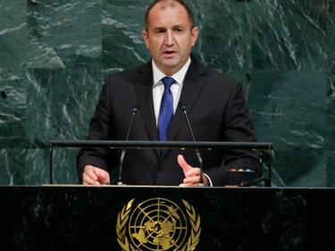 Румен Радев: Отказът от машинно и електронно гласуване е неоснователен