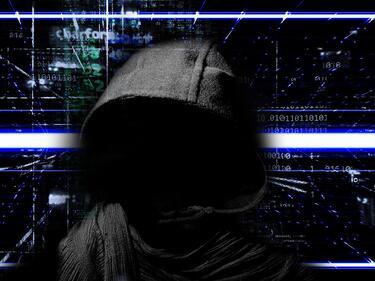 Хакери точат банкови сметки, предупреди Явор Колев