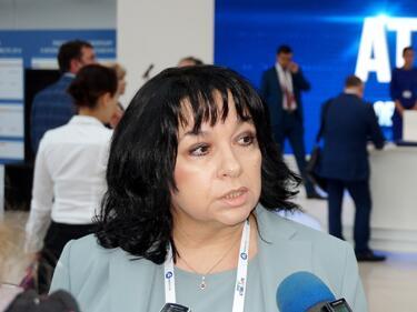 Петкова: Няма недостиг на ток за големите предприятия