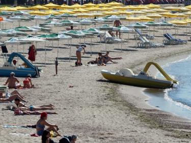 Държава и бизнес ще мислят как да върнем руските туристи