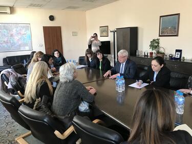 Ананиев опита да успокои протестиращите сестри на среща