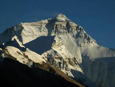 Заради боклук: Без базов лагер за туристи на Еверест