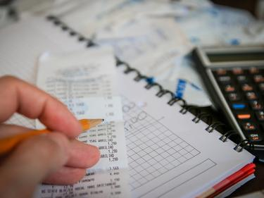 Мобилно приложение следи за неплатени на данъци