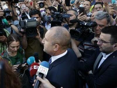 Камарата на следователите: Радев накърнява престижа на държавността