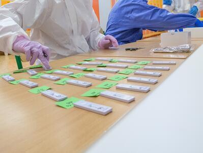Вирусолог към БАН: Сбъднаха се прогнозите на експертите – случаите се увеличават