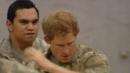 Принц Хари изтанцува с войници боен танц, призоваващ Бог на войната (ВИДЕО)