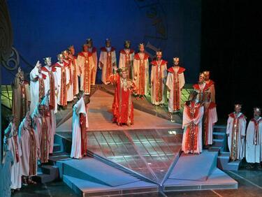 Световният оперен елит на среща в София