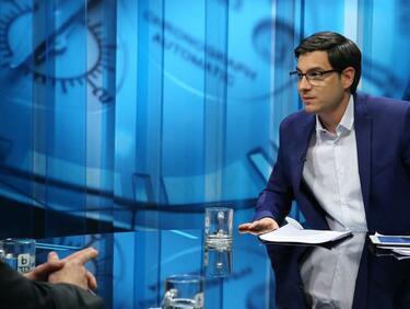 Светослав Иванов: Нагоре и навън