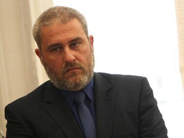 Министърът на културата отново поиска парите от хазарт
