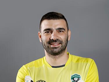 Владо Стоянов се връща на терена наесен